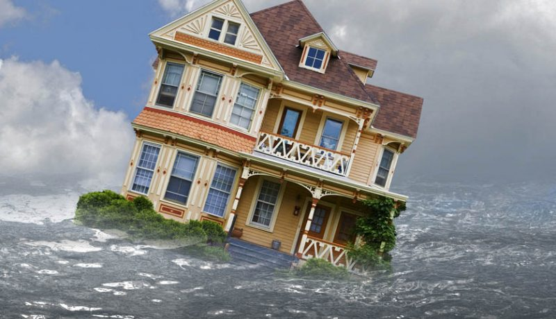 6 Effective Tips to Help Your Family Survive Natural Disasters